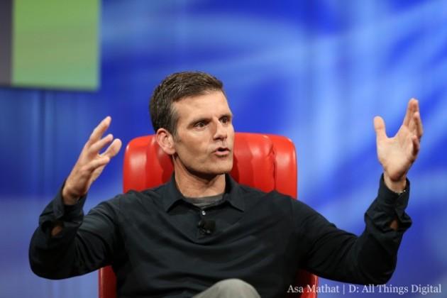 Dennis Woods responsable de la division Motorola Mobility présente le Moto X