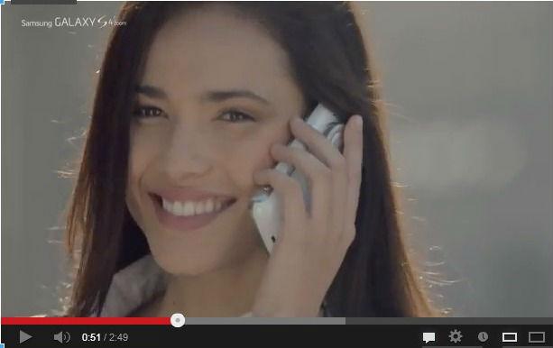 publicité Samsung S4 Zoom
