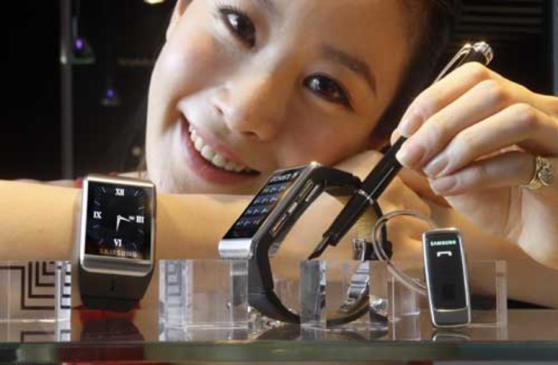 le Watchphone 900, première montre connectée Samsung en 2009