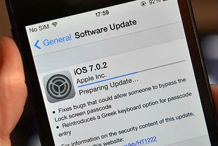 la mise à jour iOS 7.0.2 corrige le bug de sécurité