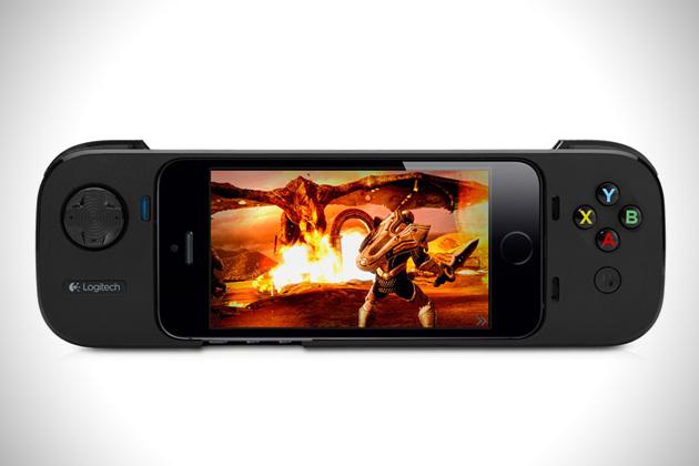 Logitech-Powershell-iPhone-Game-Controller-1