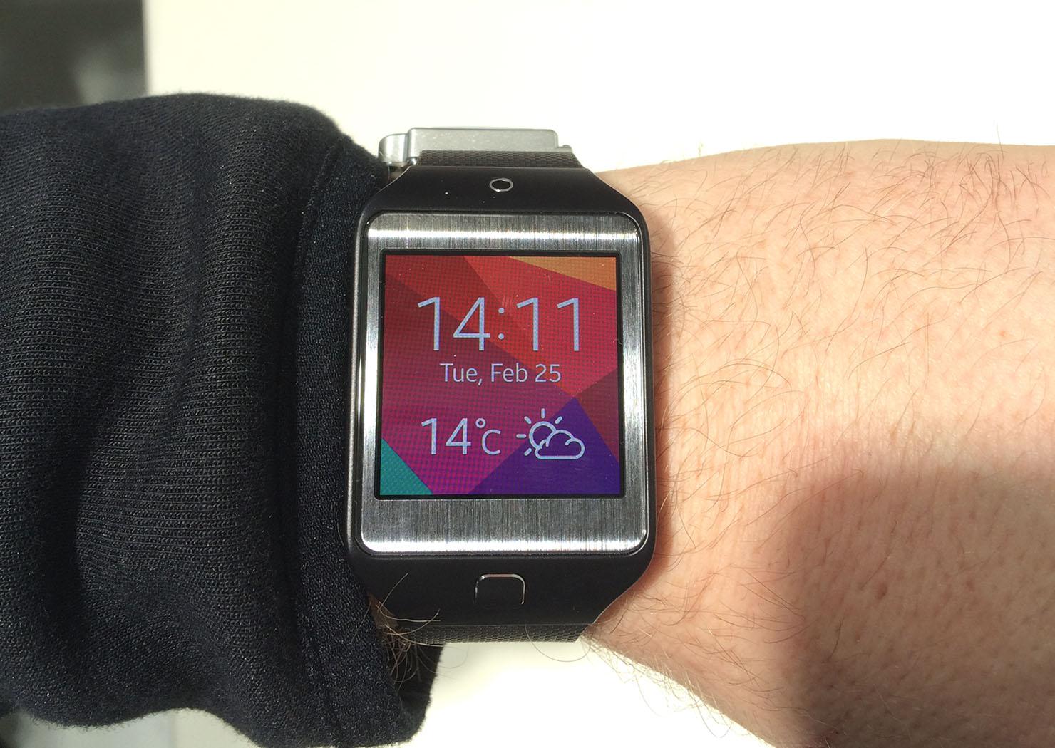 mwc2014 les nouvelles montres gear de samsung wearemobians wearemobians. Black Bedroom Furniture Sets. Home Design Ideas