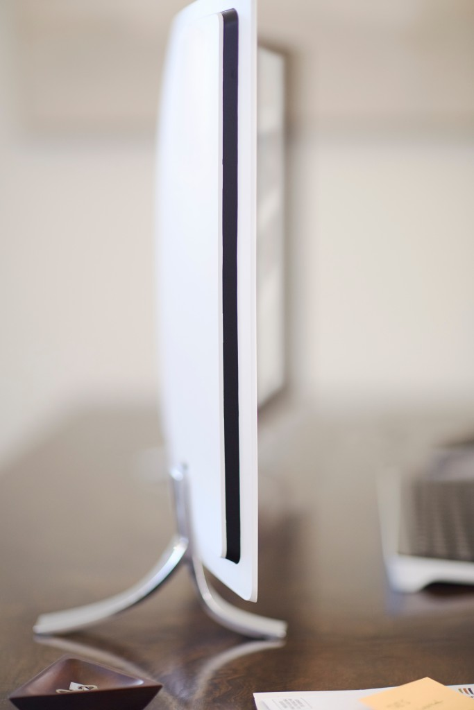 HP ENVY Curved All-in-One_profile_lifestyle